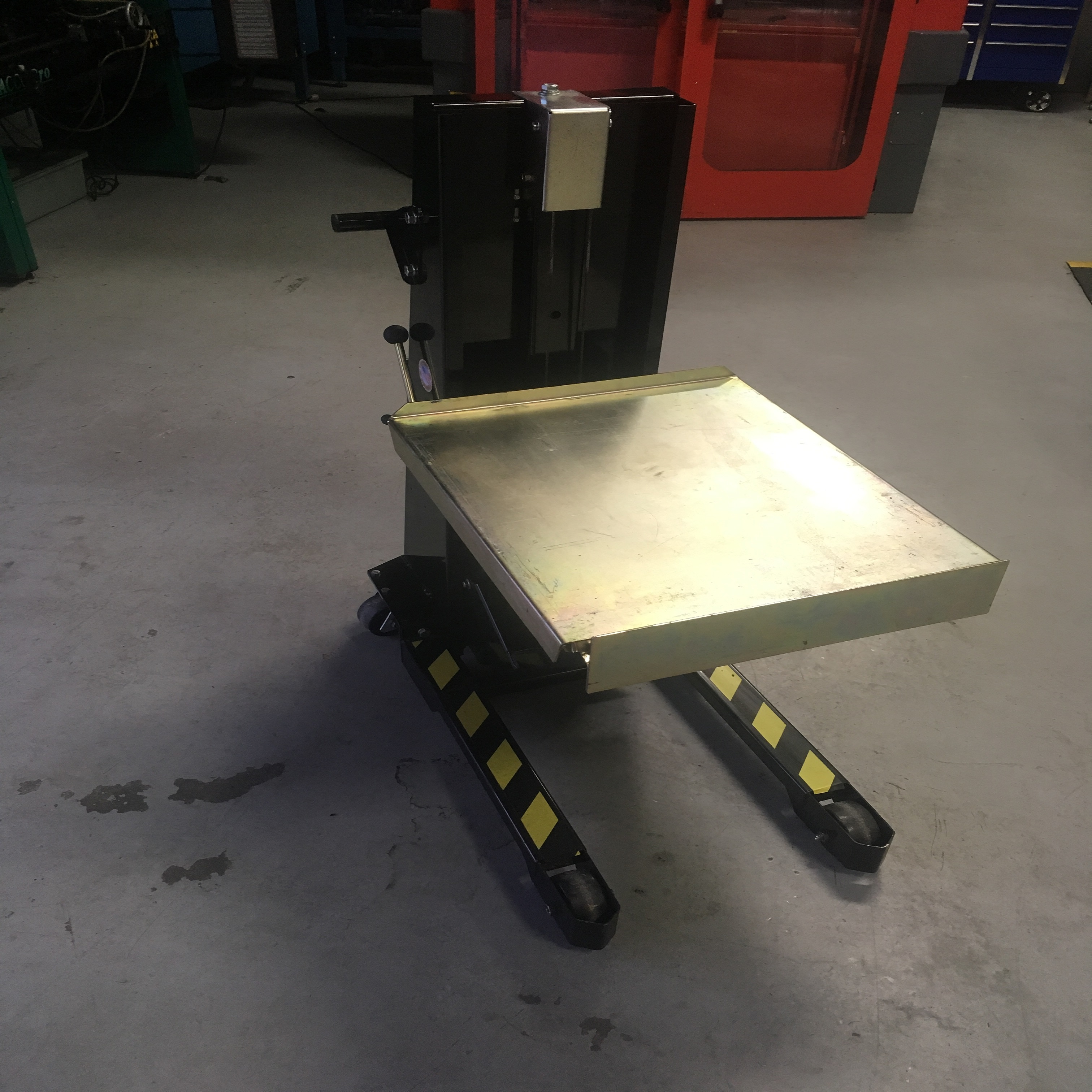 lift tools cart capacity shop hydraulic table roughneck air lb product