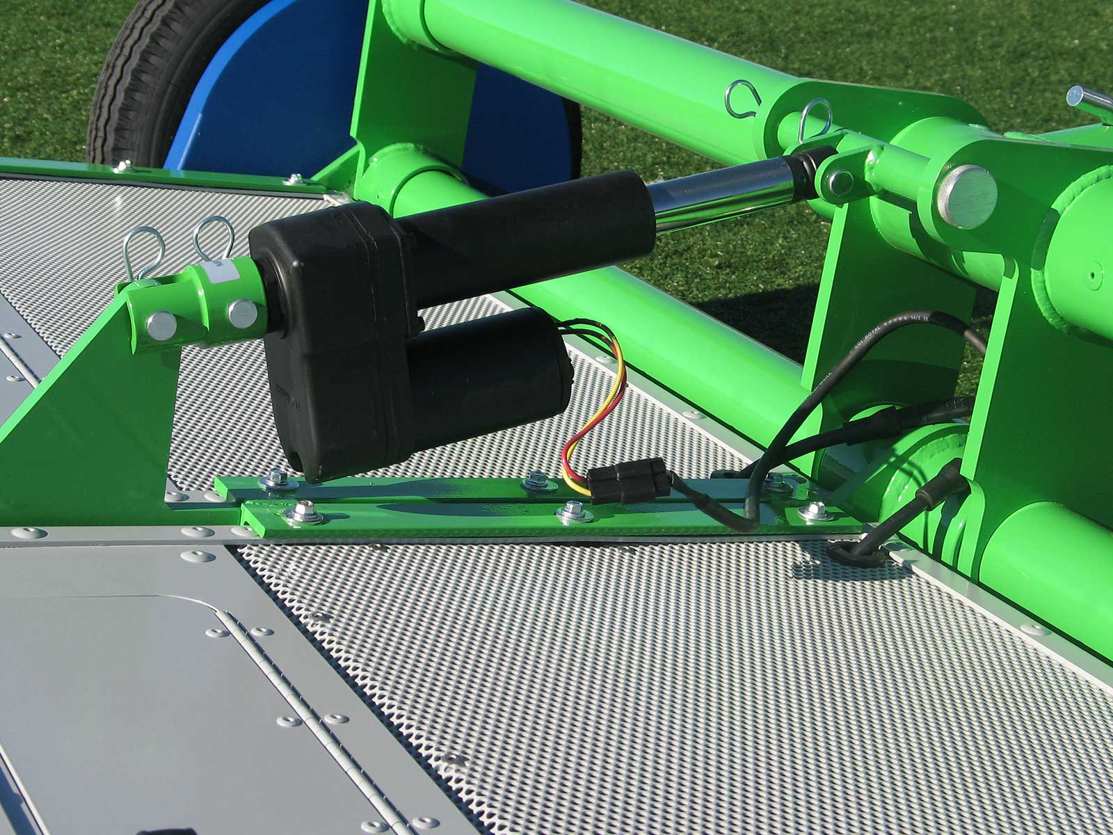 LitterKat Synthetic Turf Debris Collector